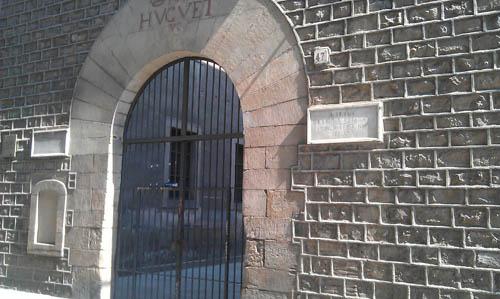 entrada hospital Santa Creu.