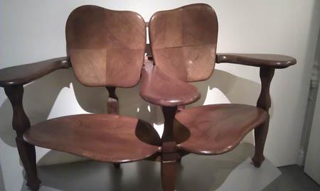 Cadeira projetada por Gaudì.