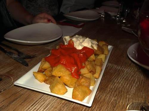 Patatas Bravas feitas pelo David.  Foto: Rita - blog O Porto Encanta.