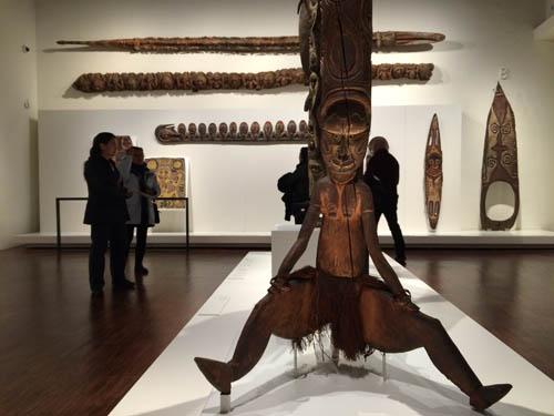 Achei o máximo esta estátua - Oceania.
