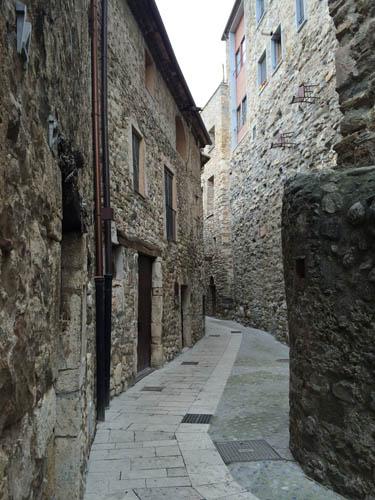 rua-besalu