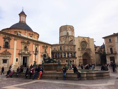 plaza_virgen