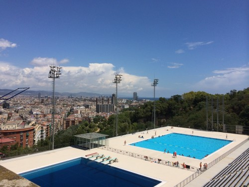 As 4 melhores piscinas p blicas de barcelona blog de for Piscina montjuic barcelona