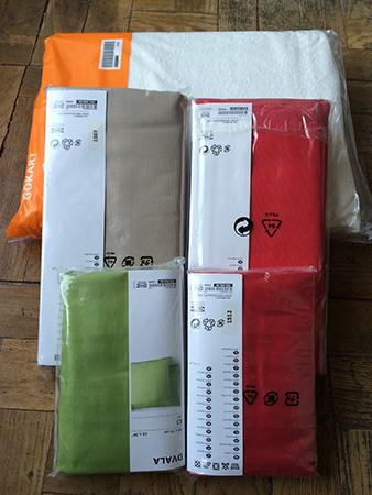 Lençóis que comprei na Ikea.