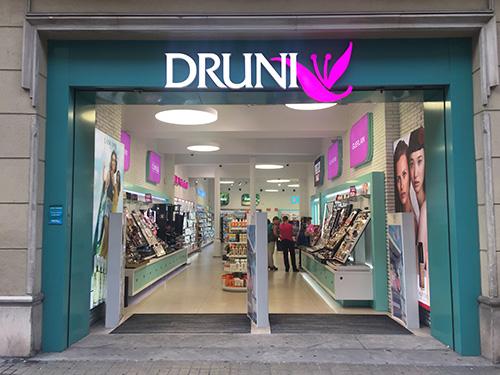 a2cfb58c8 A Druni é uma loja de cosméticos distribuida por toda a Espanha