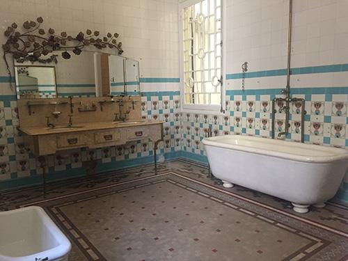 Banheiro da casa font