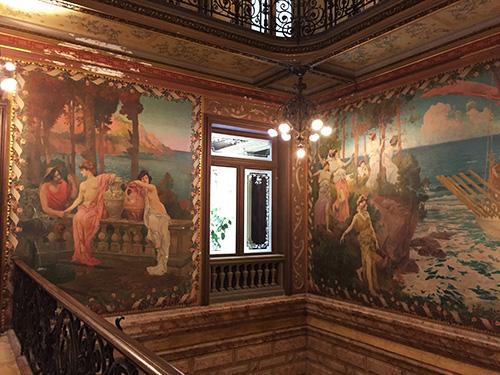 escadas-hotel-pams