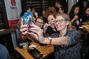 Selfie com Rita e Mônica.