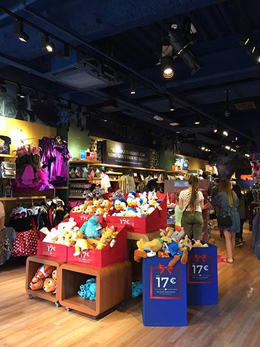 9c296465bd8 Lojas da Disney  onde sonhar é uma realidade - Blog de Turismo Barcelona
