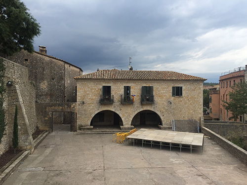 plaza-jurats-girona